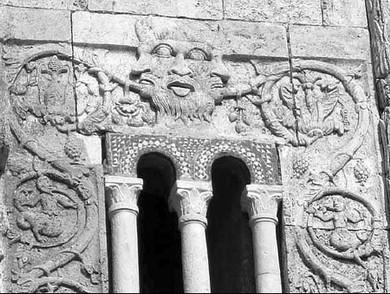 Il colle della luce la simbologia della terza porta - La terza porta ...